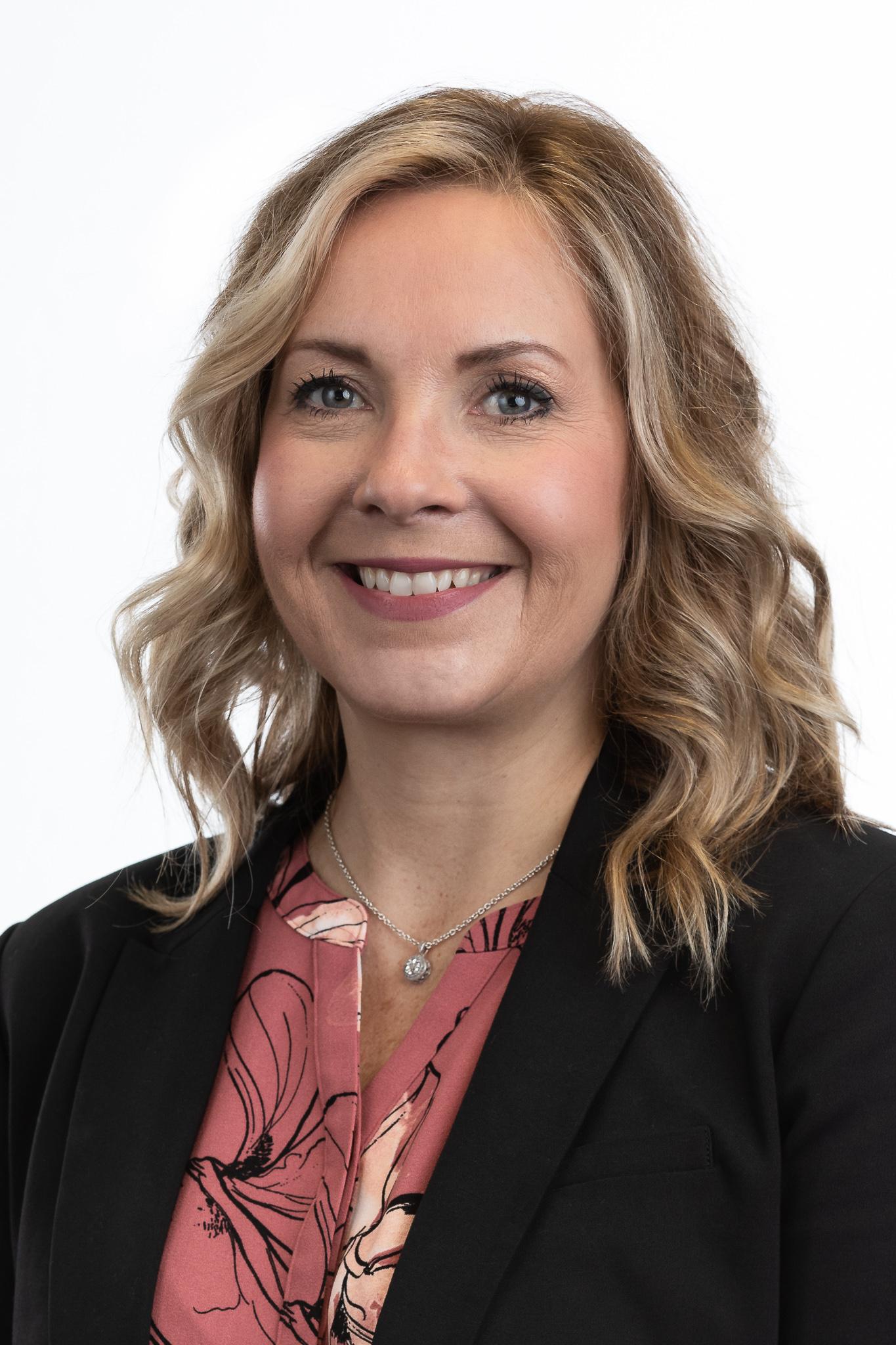 Headshot of Leanne Segeren-Swayze